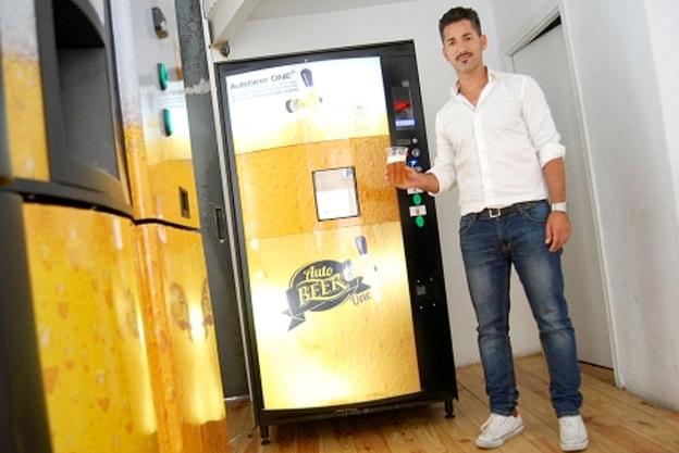 Maquina expendedora de cerveza
